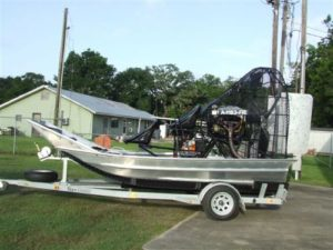 14' airboat with 425hp engine